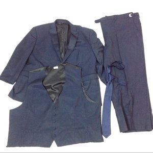 Other - Men 4 Piece Blazer Pant Tie Vest Size 56 Navy Blue
